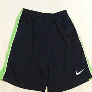 5 for 25$ item. Nike shorts